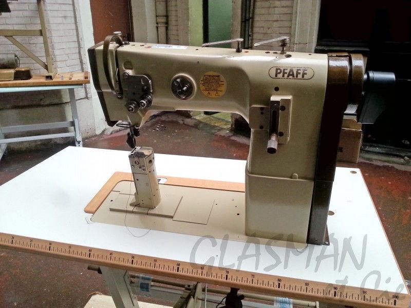 machine pilier pour cordonnier pfaff 293 avec bati. Black Bedroom Furniture Sets. Home Design Ideas