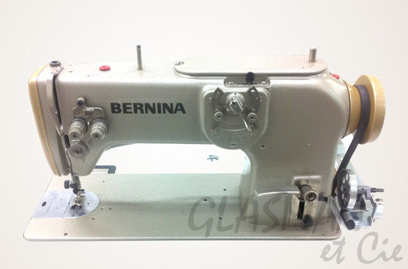 Machine coudre et broder zigzag bernina 217 3 points for Machine a coudre zig zag 3 points